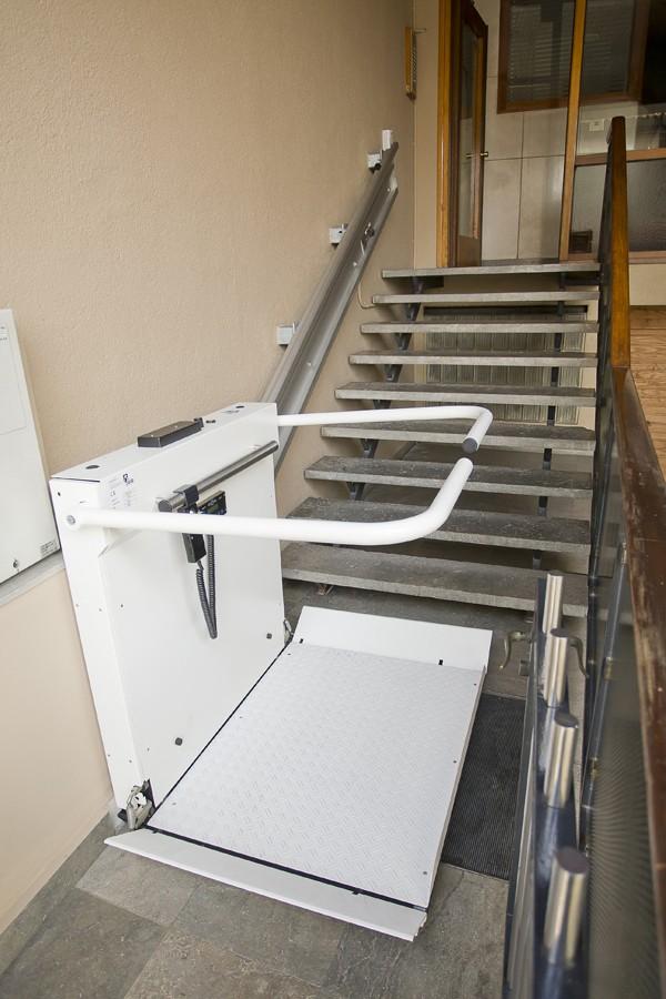 La plataforma salvaescaleras FORTIS